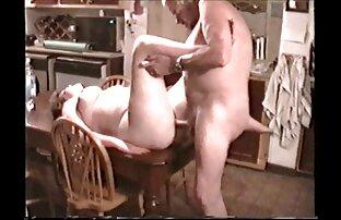 Hot Plumper Chubby Teen Ex GF se masturbe sur videosporno gratuites le canapé